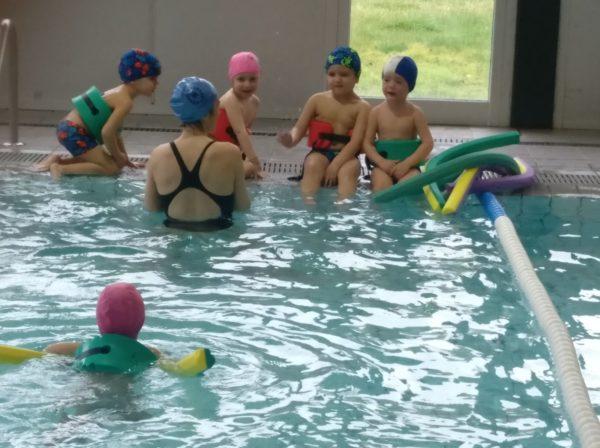 Els Cargols anem a la piscina