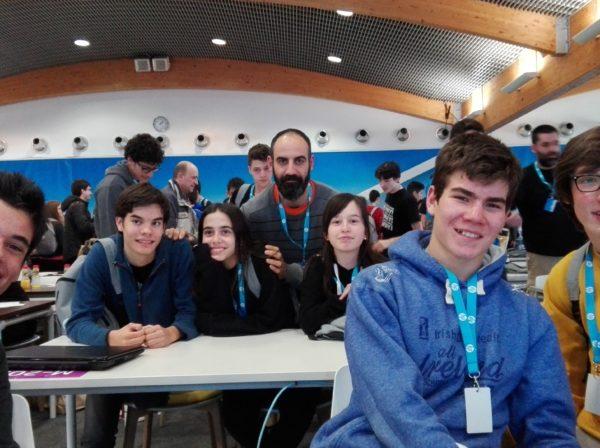 Un grup d'alumnes de 4t d'ESO participem a la Code Wars