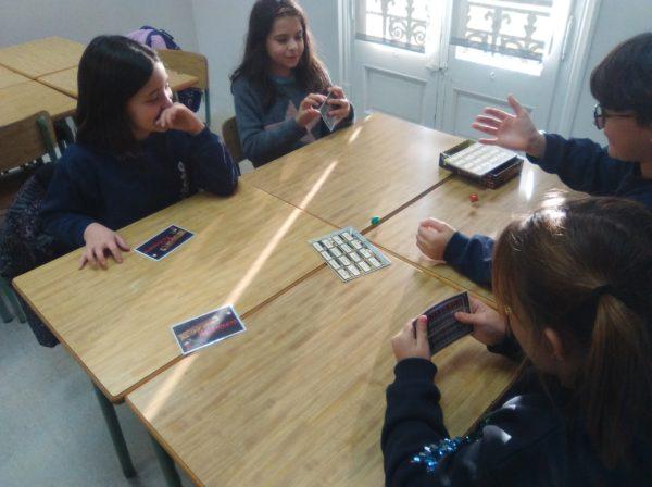 Jocs de taula a l'espai de racons
